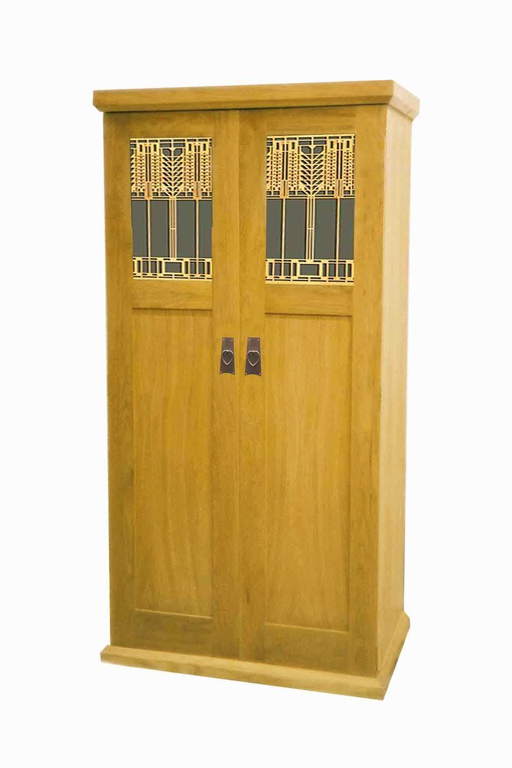 Frank Lloyd Wright Prairie Mission Style Arts Crafts Movement Oak Bedroom Wardrobe With Decorative Fretwork