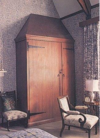 William Morris Arts Amp Crafts Gothic Revival Red House